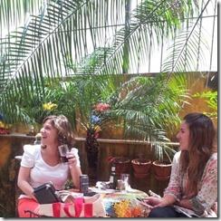 Ana e Karen no Café